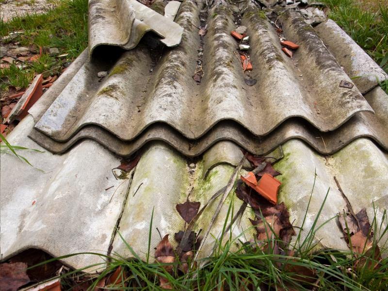 asbestos broken fenc panels